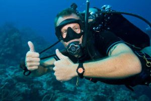 IDC Staff Instructor with thumbs up at Nautilus Aquatics